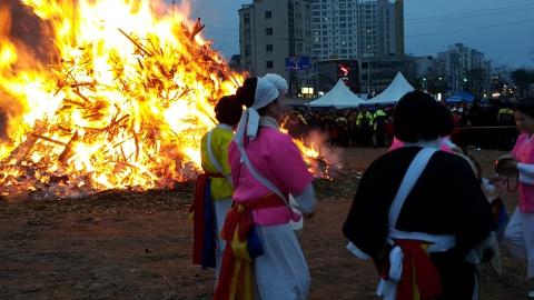 울산 삼호동 달집태우기
